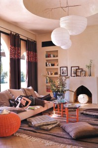(source: http://messagenote.com/practice-ideas/moroccan-design-living-room-ideas) More Moroccan design inspiration