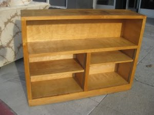 This is very similar to the bookshelf that we have to build for the trailer.