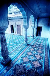 This photo feels like you're in a Moroccan dream! Image Source: http://verybestarchitecture.blogspot.com