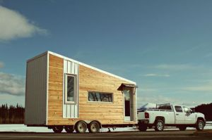 http://www.tinyhouseofstyle.com/2013/11/12/5-modern-tiny-house-designs-we-love/